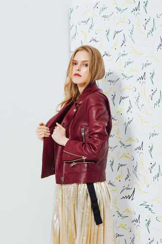 Perfect Fit Lamb Skin Jacket in Wine