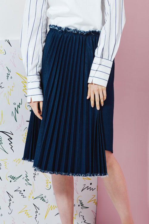 Double Cut Denim Pleats Skirt